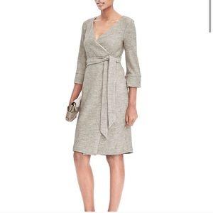 ✨HOST PICK✨ Banana Republic bouclé wool wrap dress